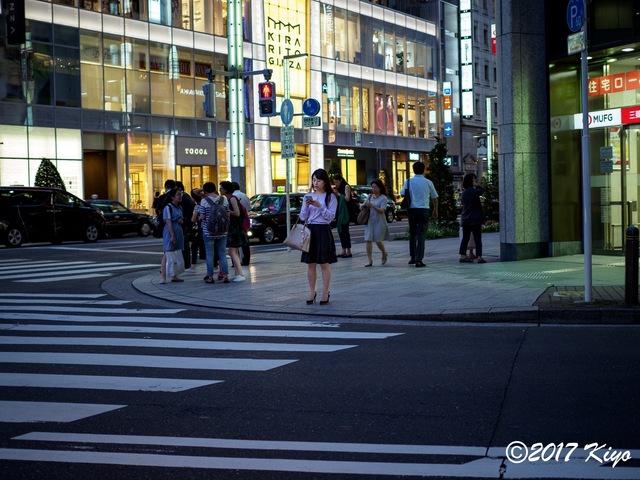 E7056803_CameraRAW_2048_signed.jpg